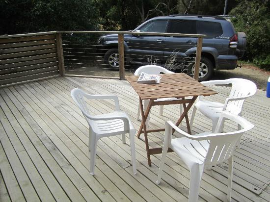 Bruny Beachside Accommodation: Deck from one of the cottages