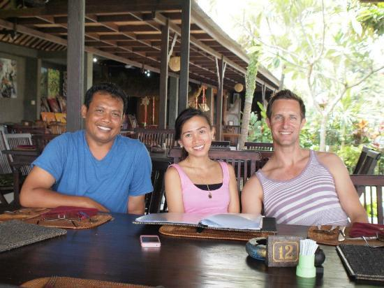 Made Di Bali - Private Driver & Tour Guide: Made took us to this great restaurant in UBUD for lunch!