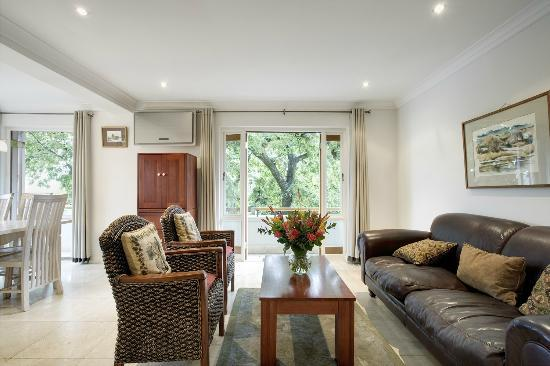 Stellenbosch Hotel: Two Bedroom Apartment | Living Room