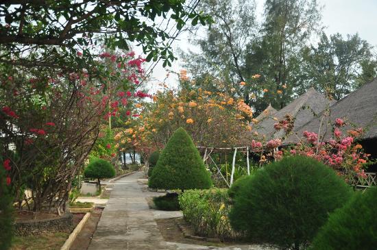 Gili Air Resort: il giardino del villaggio