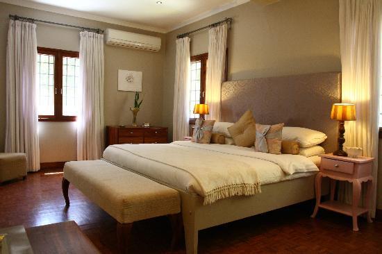 The Bay Leaf Boutique Hotel : The Regency Room