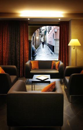 Hotel Monte Rosa: Salotto Hall