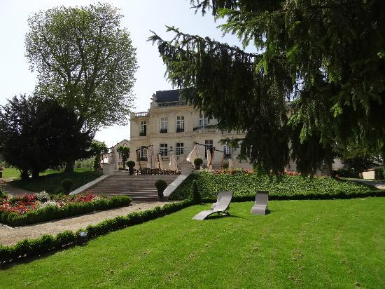 Chateau De Rilly  Rilly-la-montagne  Frankrijk
