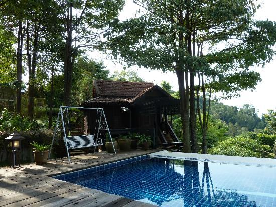 Malihom Private Estate: The cabin