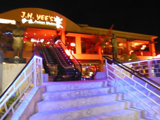 J.H. Yee's Asian Bistro: entrance to j h wees