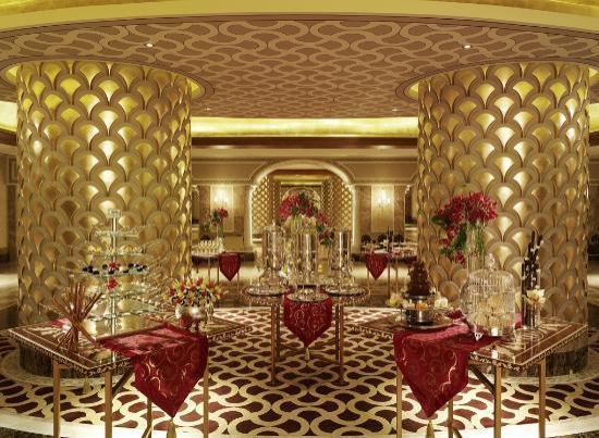 ماردان بالاس: Cocktail foyer at Mardan Palace Hotel, Antalya