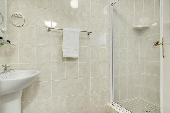 Rivierbos Guest House : Bathroom