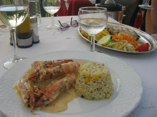 Antica Roma 95 SL.: Prawns and swordfish platters