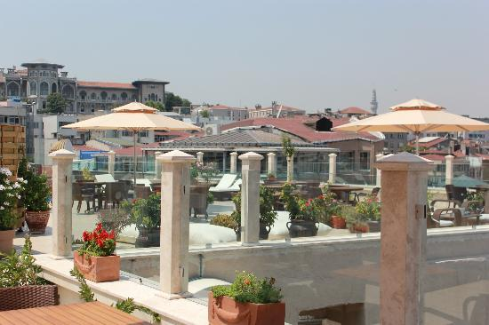 Neorion Otel: Rooftop terrace view