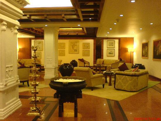 Taj Residency: Lobby