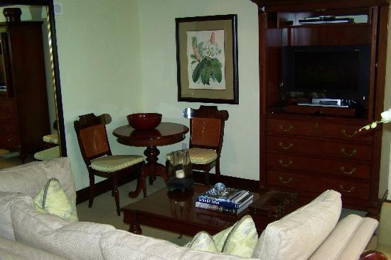 The Brazilian Court Hotel: In Suite Sitting Area
