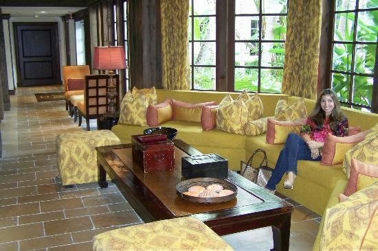 The Brazilian Court Hotel: Rainy Day Sitting Area in Grounds
