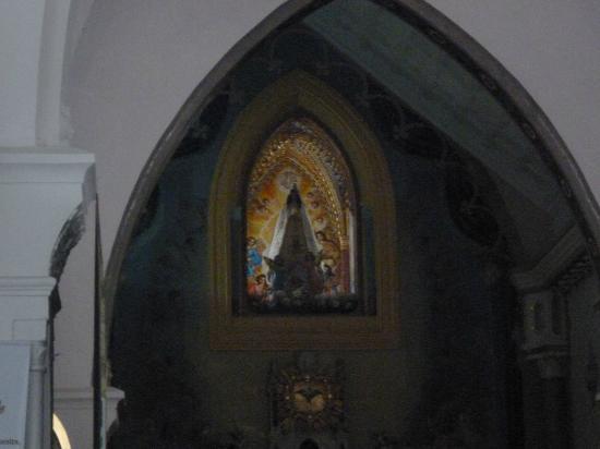 Basílica Virgen del Valle: Altar con la Virgen del Valle