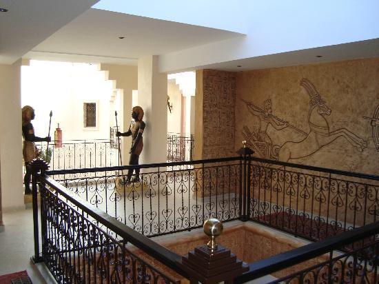 Hotel Temple des Arts: Hall premier étage