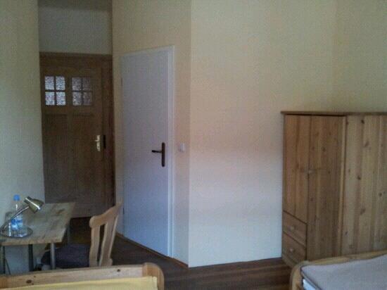 Backmulde: Kleines Zweibettzimmer (Thymianzimmer)