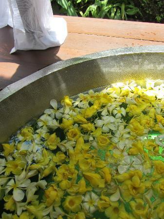 Spa at Maya: wonderful flower bath