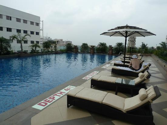 Vivanta by Taj - Surya: Pool
