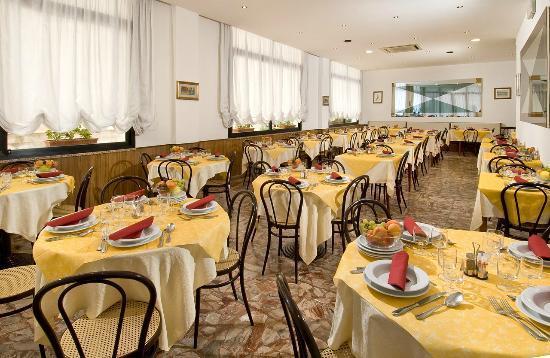 Hotel Granada : Sala da Pranzo