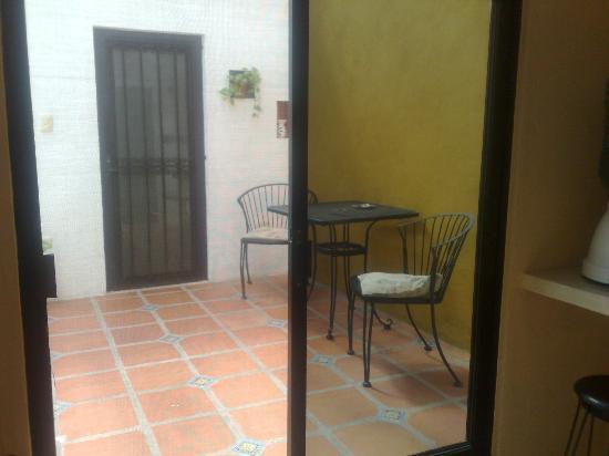 Luz En Yucatan: Balcony