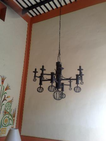 Luz En Yucatan: The only chandelier I saw