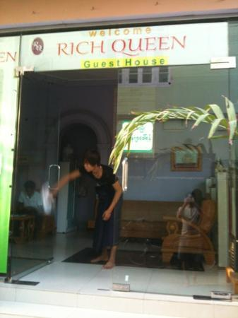 rich queen guesthouse guest house reviews mandalay myanmar rh tripadvisor com