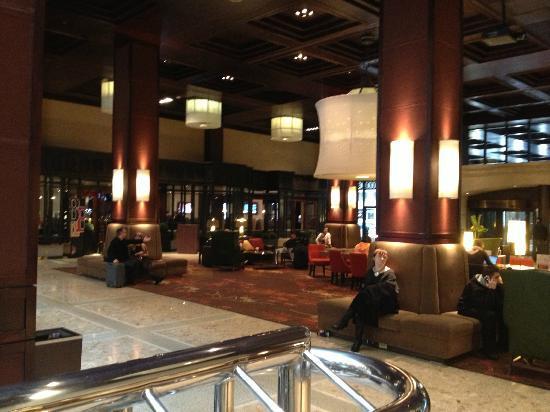 شيراتون سنتر تورونتو هوتل: Lobby 2 