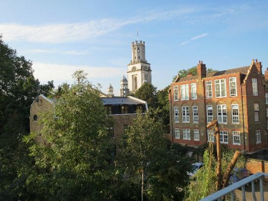 Cable Street Inn : View from roof deck