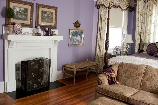 Elizabeth Leigh Inn: Lavendar Room