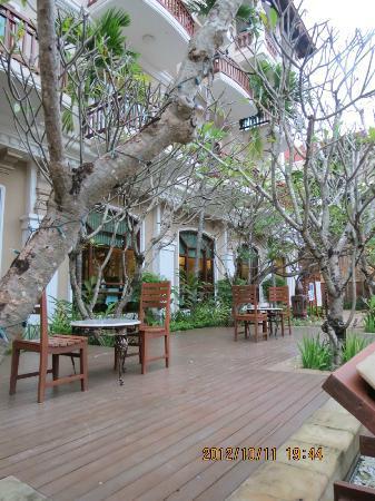 Sokha Angkor Resort: One of the restaurants