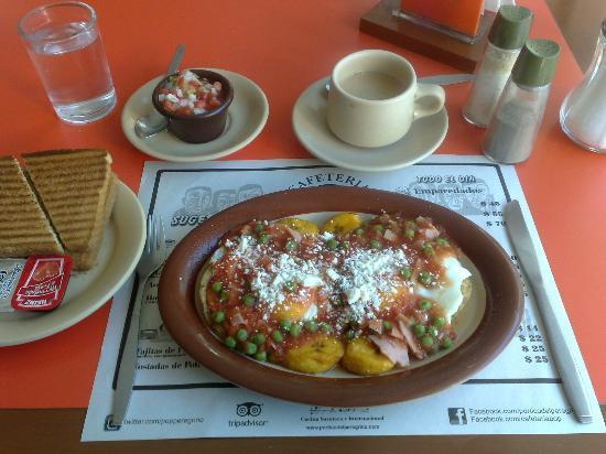 Cafeteria Pop: Huevos Motulenos, check the plantains