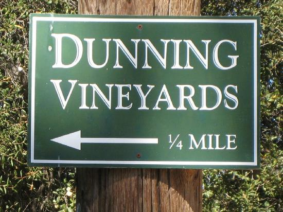 Dunning Vineyards: 1/4 Mile to Delicious Wines