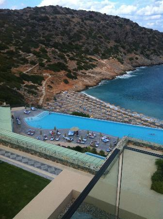 Daios Cove Luxury Resort & Villas: HOTEL GROUNDS
