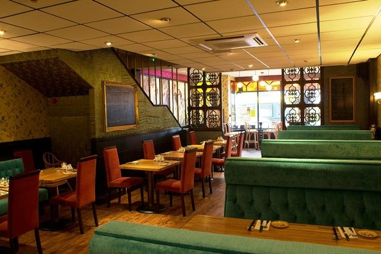 Michael Wan's Mandarin Cantonese Restaurant: Ground floor dining room, Michael Wan's Mandarin