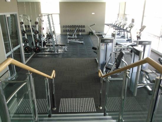 فريزر سويتس بيرث: gym 