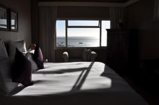 51 On Camps Bay Guesthouse: A Room with A View