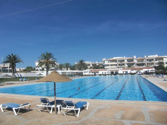 Ancora Park: Pool mit 50 Meter Bahn