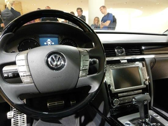 The Transparent Factory of Volkswagen: Interior Phaeton