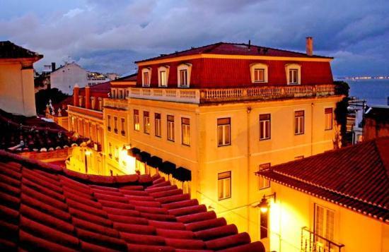 Palacio Ramalhete: Lisbon rooftops view