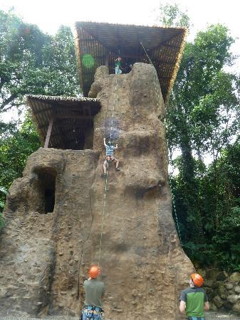 The Springs Resort and Spa: Rock wall climbing at Club Rio