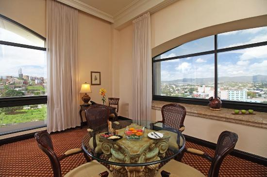 Clarion Hotel Real Tegucigalpa: View from the living room of the Presidential Suite