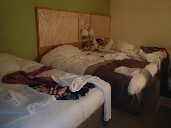 Hotel Monterey Grasmere Osaka: Room