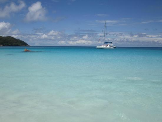 Anse Lazio: La mer