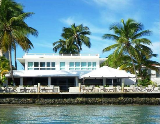 La Playita Restaurant & Bar: the view from the water