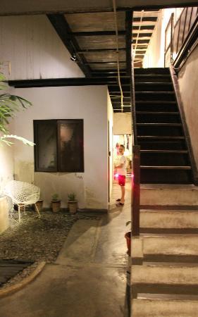 Jalan-Jalan: Le rez de chaussée couloir