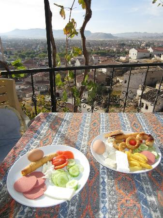 Duru Hotel: Terrasse petit déjeuner