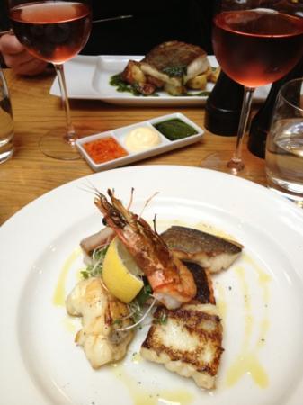 Yum picture of applebee 39 s fish london tripadvisor for Applebee s fish and chips