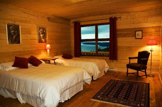 Sainte-Rose-du-Nord, Canada: Chambre deluxe - Pourvoirie Cap au Leste - Canada