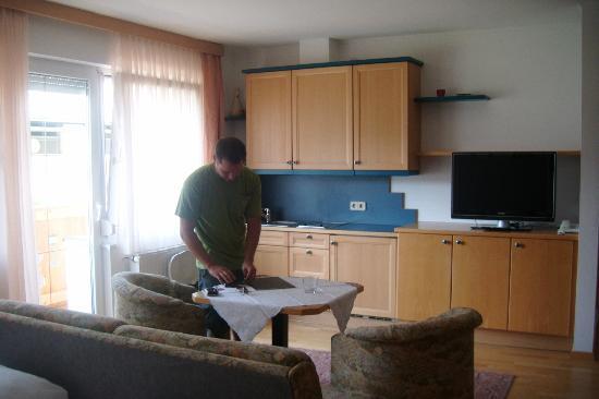 Hotel Gasthof Weissensee: Kitchen