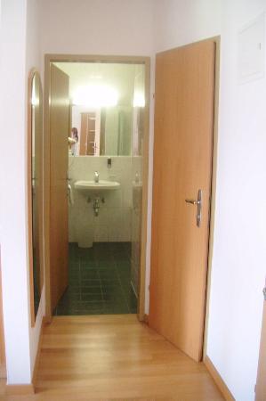 Hotel Gasthof Weissensee: Bathroom