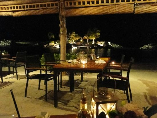 Baoase Luxury Resort: For a romantic dinner